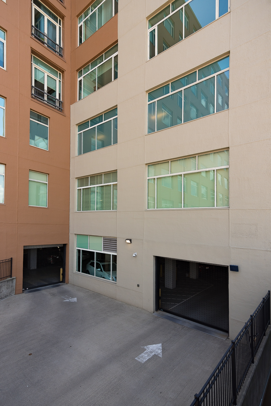 Park Place at Lytle is a 114-unit luxury condo complex located right next to the revered Taft Museum of Art. The 10-story structure features an impressive atrium in the middle of the building, allowing natural light to filter into the hallways while shielding them from the elements. Additionally, an exercise room, various sitting areas and common rooms, a rooftop deck, auxiliary storage, and a private parking garage all do well to enhance the appeal of Park Place. ADDRESS: 400 Pike Street (45202) / Image: Phil Armstrong, Cincinnati Refined // Published: 7.31.18