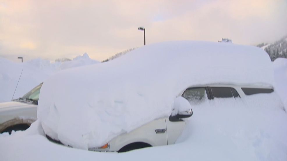 Snoqualmie Pass now nearly 7 feet ahead of 10 year average snowfall