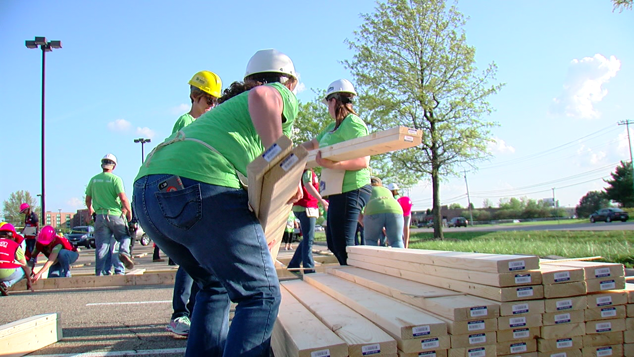 Habitat for Humanity: Girls\' night out at Lowe\'s | WKRC