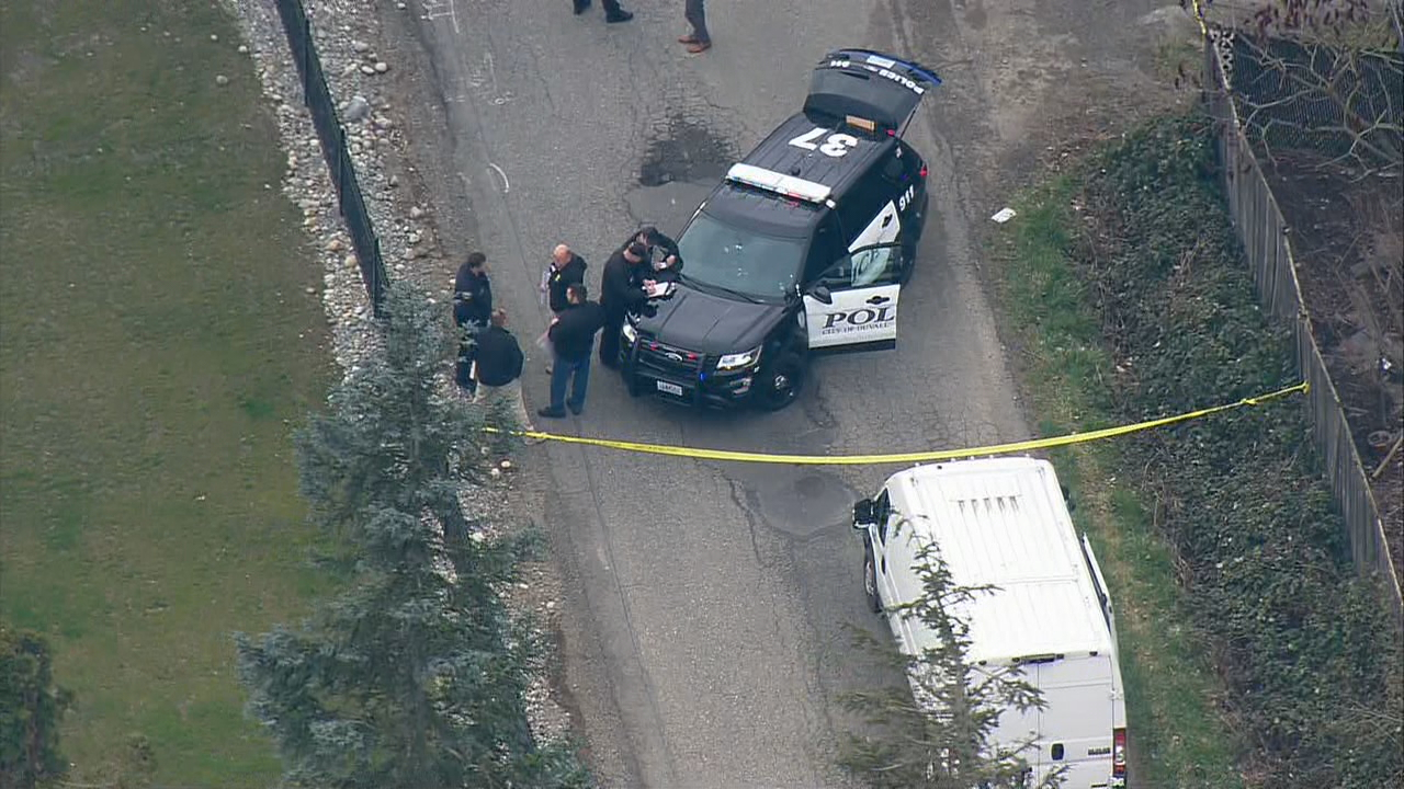 Police investigate after a body was found in Duvall on Wednesday, March 7, 2018. (Photo: KOMO News)