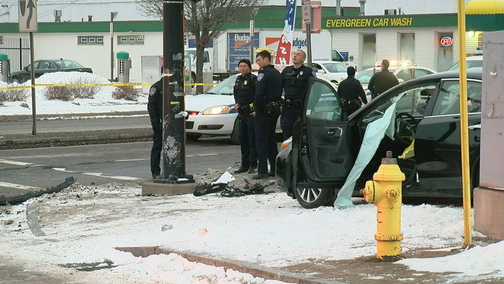 lake ave crash.jpg
