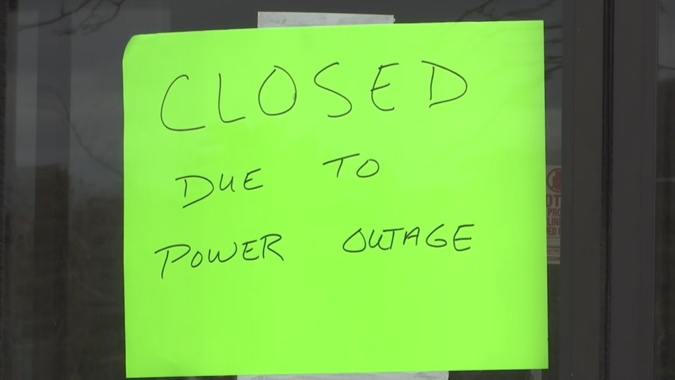 Utilities continue power restoration efforts in Southern New England