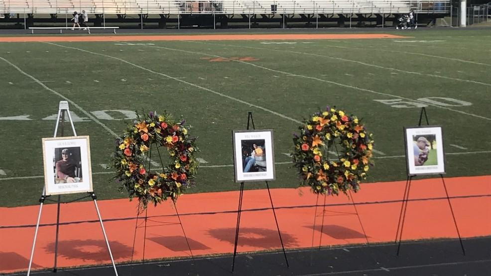 Hundreds show up to honor local teacher and fallen VSP trooper
