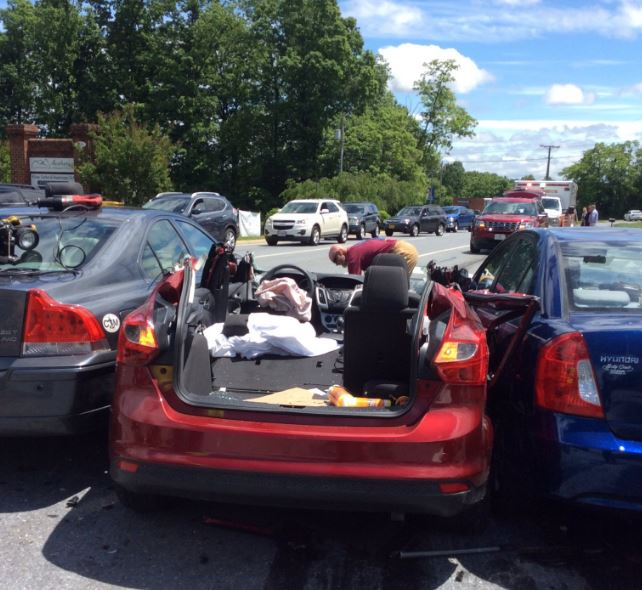 State Police investigating multi-vehicle crash in Wyndhurst (Forest Vol. Fire Dept.)