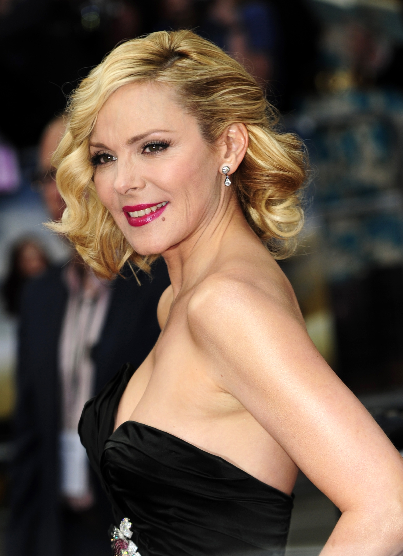 PHOTOS | Happy 60th, Kim Cattrall! | WOAI Kim Cattrall