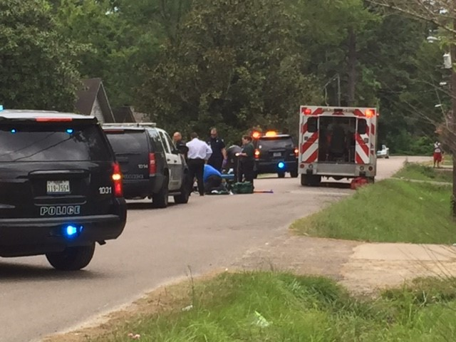 Police identified 32-year-old Brandon Keith Pratt as the man who was gunned down Wednesday on Pine Burr Boulevard in north Beaumont. (KFDM/KBTV photo)