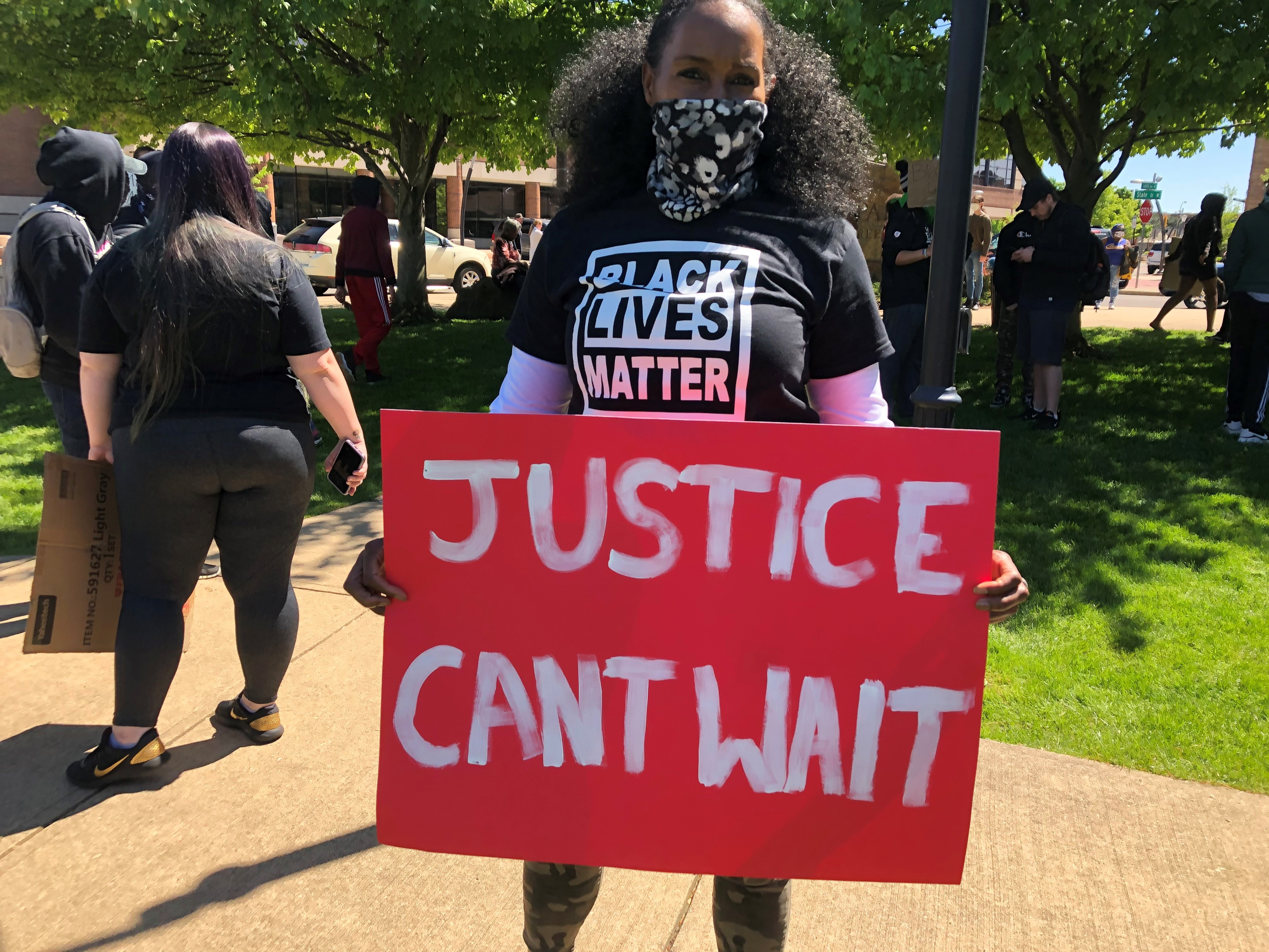 On Sunday, May 31, 2020 people gathered in Battle Creek to protest the death of George Floyd. (WWMT/Sam Knef)