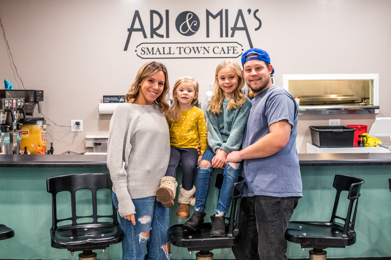Owners Alexis & Phil Stacey with daughters Ari & Mia / Image: Catherine Viox // Published: 2.1.21