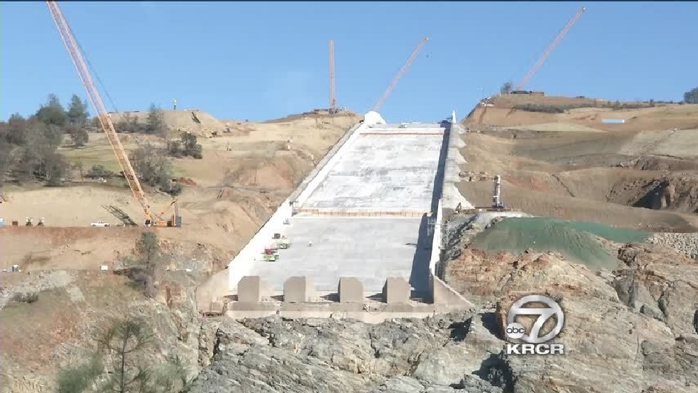 Hairline cracks in the Oroville Dam    | KRCR