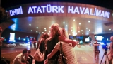 Suspected IS suicide bombers kill dozens at Istanbul airport