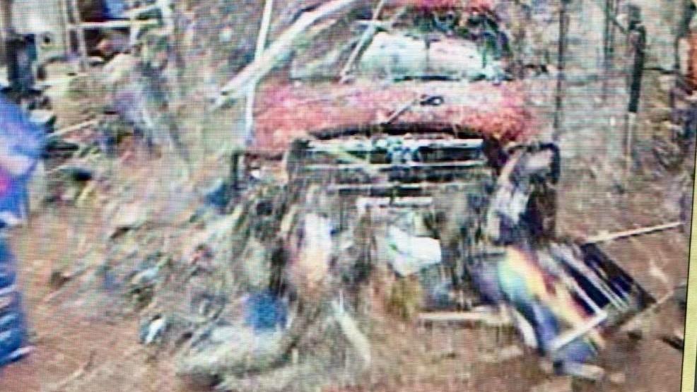 Police: Man tries to run over girlfriend, plows through San Angelo