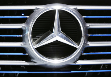 German prosecutors to search Daimler offices in diesel probe