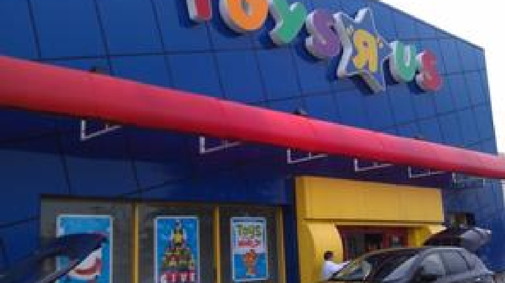 the toy giant toys r us has announced it will stay open 247 until christmas eve photo autria godfrey - Giant Christmas Hours