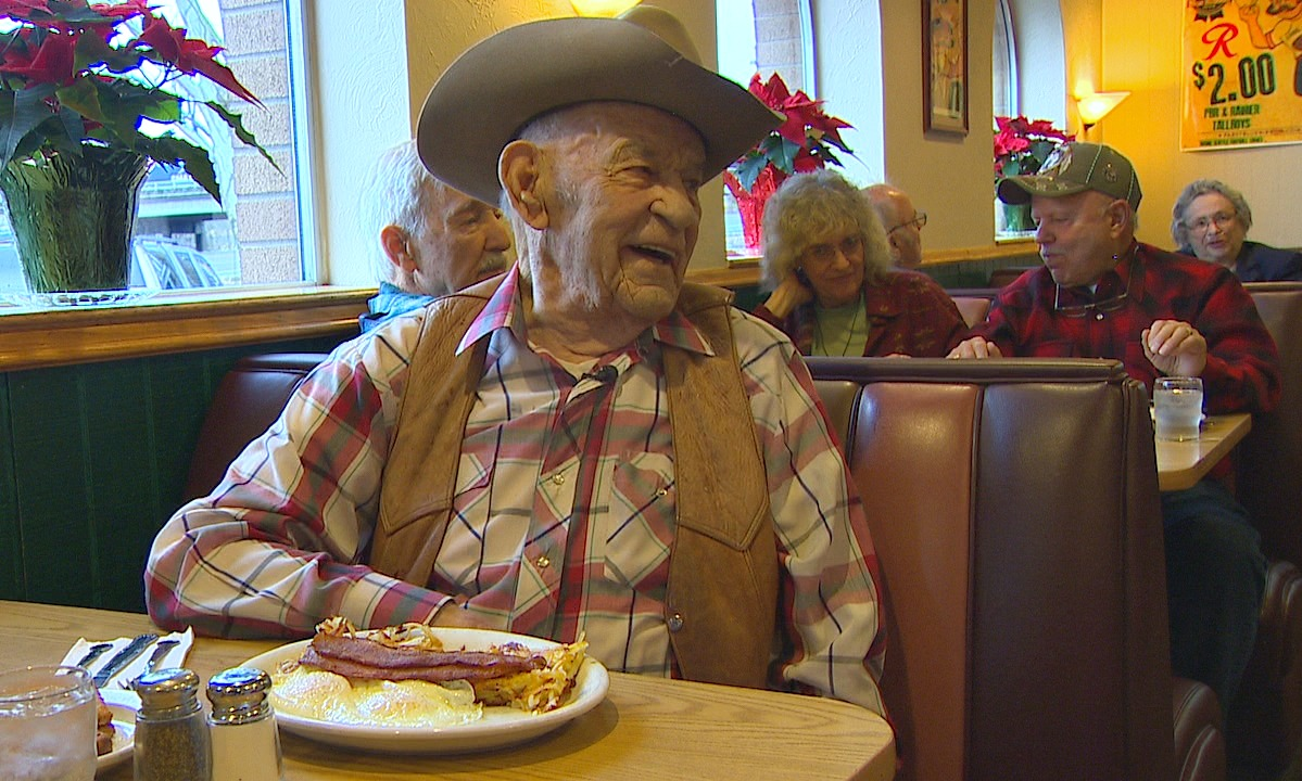 Fred Oldfield at Johnny's at Fife Restaurant. (Photo: KOMO News)
