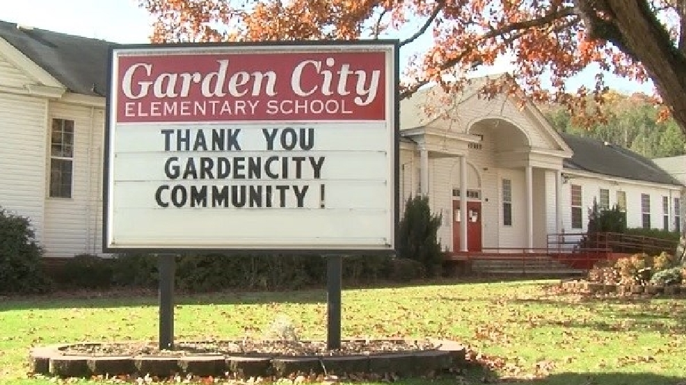garden city community working to save their condemned elementary school - Garden City Elementary School