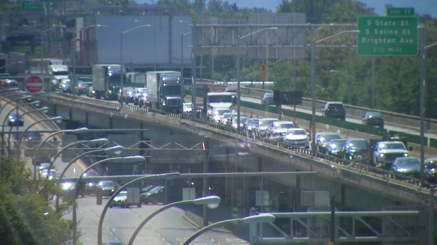 Crews are working on both Interstate 81 and Interstate 690 and it's causing longer commutes and traffic jams for many drivers.