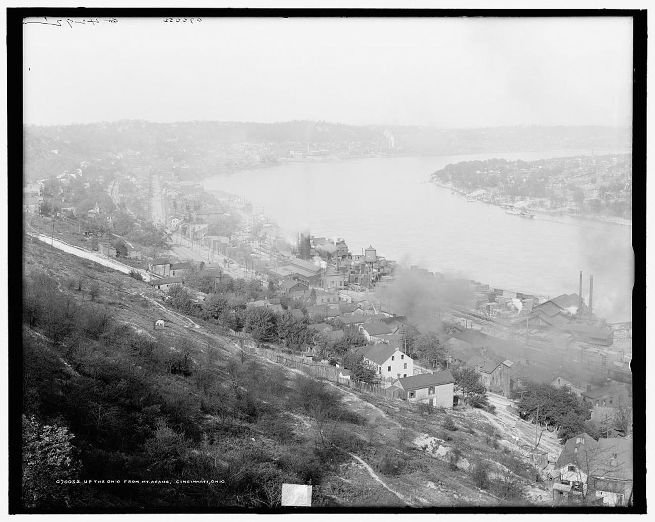 """Up the Ohio from Mt. Adams, Cincinnati, Ohio"" taken some time between 1890 and 1910 / Image: Detroit Publishing Co. accessed via the Library of Congress // Published: 3.4.19"