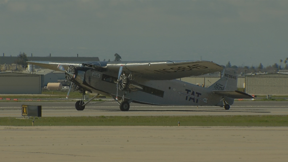 Antique airplane tours Bakersfield, offering glimpse into