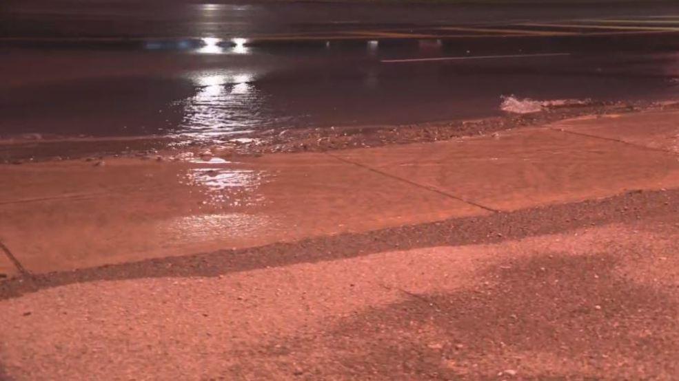 """Crews working to repair """"sizable"""" water main break in Syracuse"""