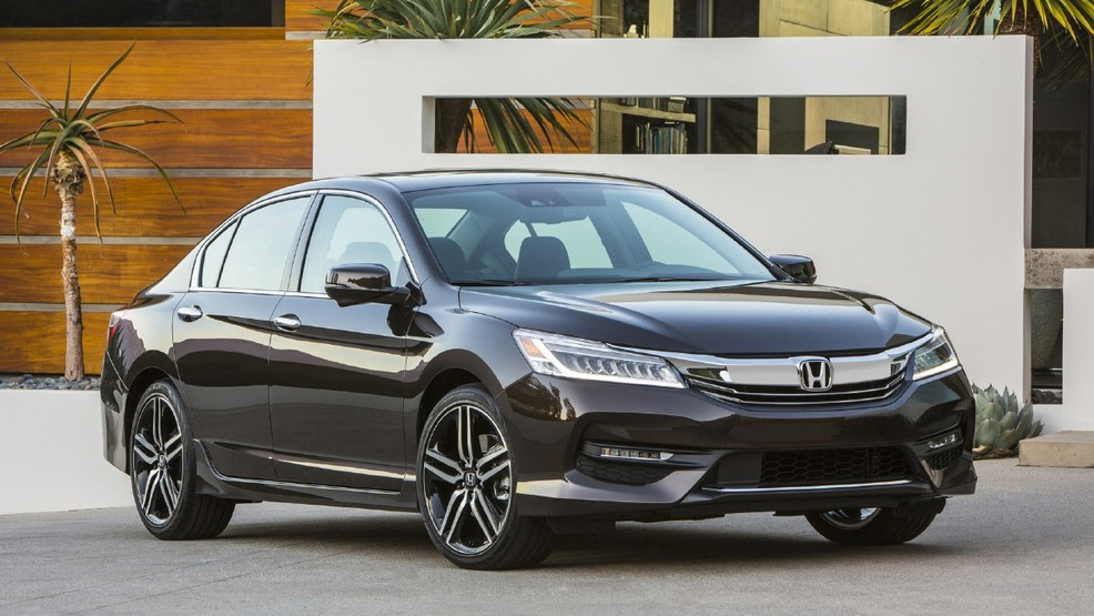 b3ed2c40-c0a6-4939-9924-b230b4d6873e-2016_honda_accord_gets_sharp_new_look_loads_more_tech.jpg