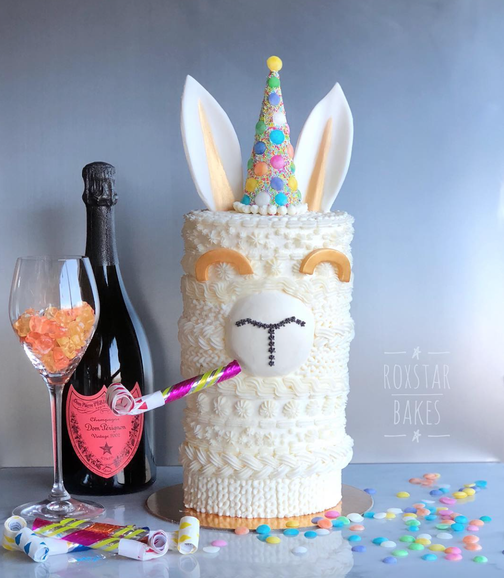 LLama Sweater Cake{ }by Rox Star Bakes (Credit: Rox Star Bakes)