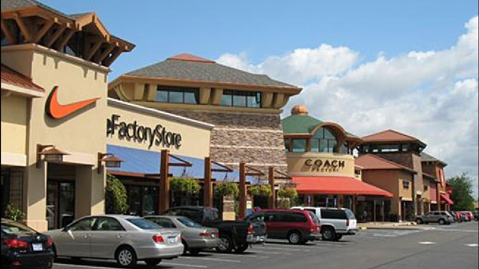 Aug 27,  · Our Portland outlet mall guide lists all the outlet malls in and around Portland, helping you locate the most convenient outlet shopping according to your location and travel plans. OutletBound has all the information you need about outlet malls near Portland, including mall details, stores, deals, sales, offers, events, location, directions.