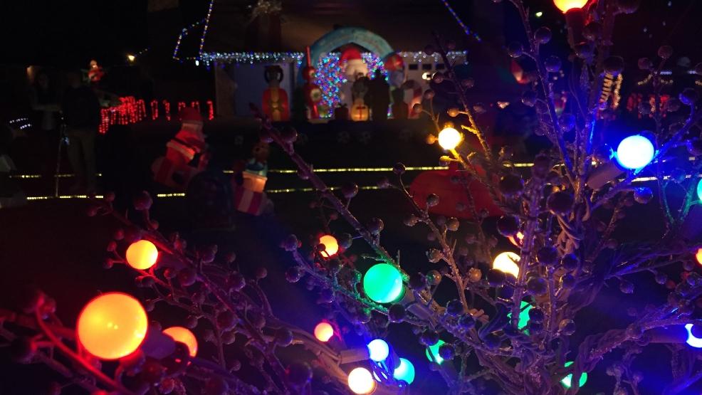 delights lighting. Fine Lighting Abilene Homeu0027s Christmas Display Delights Visitors On Lighting