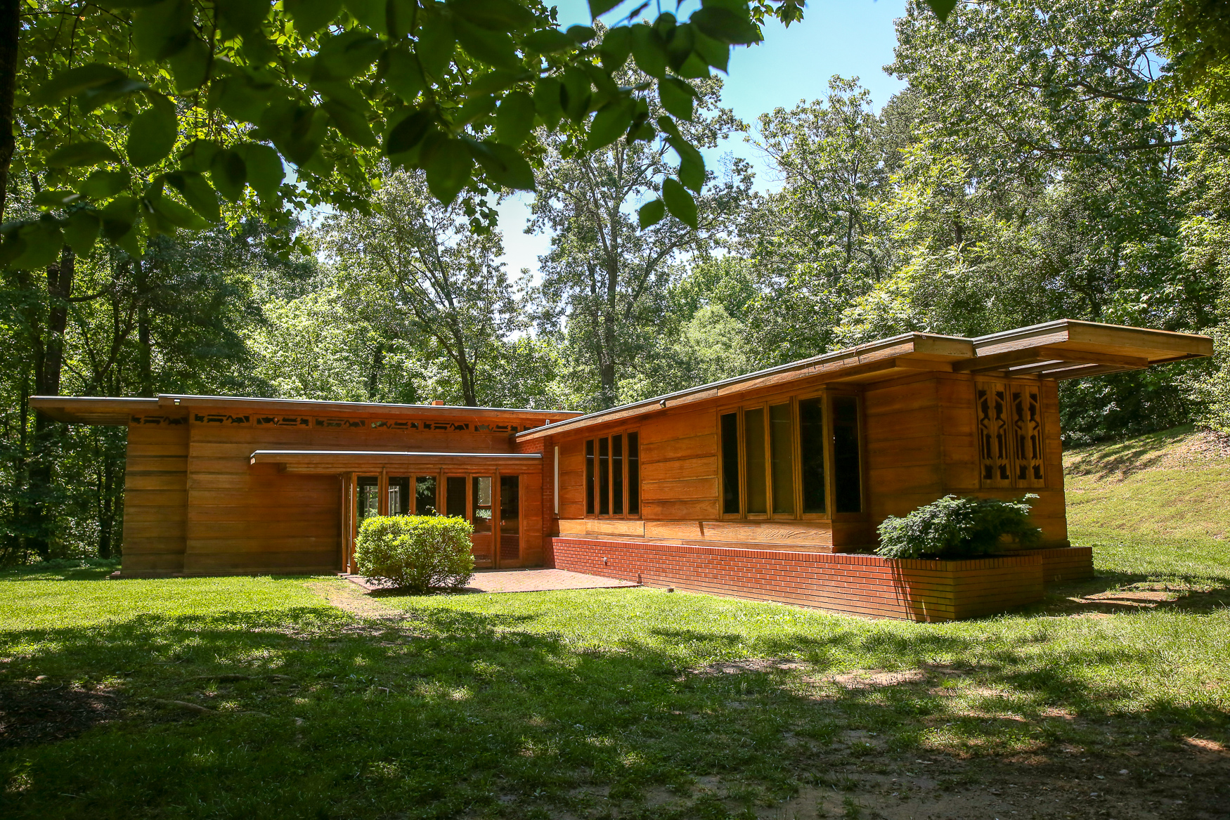 The{ }Pope-Leighey House, a site of the National Trust for Historic Preservation, was built by noted architect Frank Lloyd Wright. The house was commissioned by journalist Loren Pope in 1939, but later sold to Leighey family. The small home is shrouded by tall trees, but its wooded interior and huge windows make it feel like you're really living in the woods. The Pope-Leighey House is open to the public Friday through Monday, and the details are gorgeous enough to bring out the architecture nerd in all of us. (Amanda Andrade-Rhoades/DC Refined)