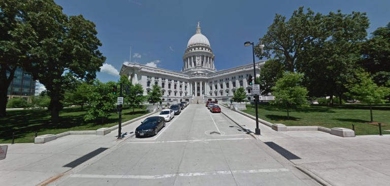 <p>8. Madison, Wisconsin. Education Rating: 88.5% Adult Population With: Bachelor's Degree: 32% Master's or Professional Degree: 19% Doctorate Degree: 5% (Image: Google Maps)</p>