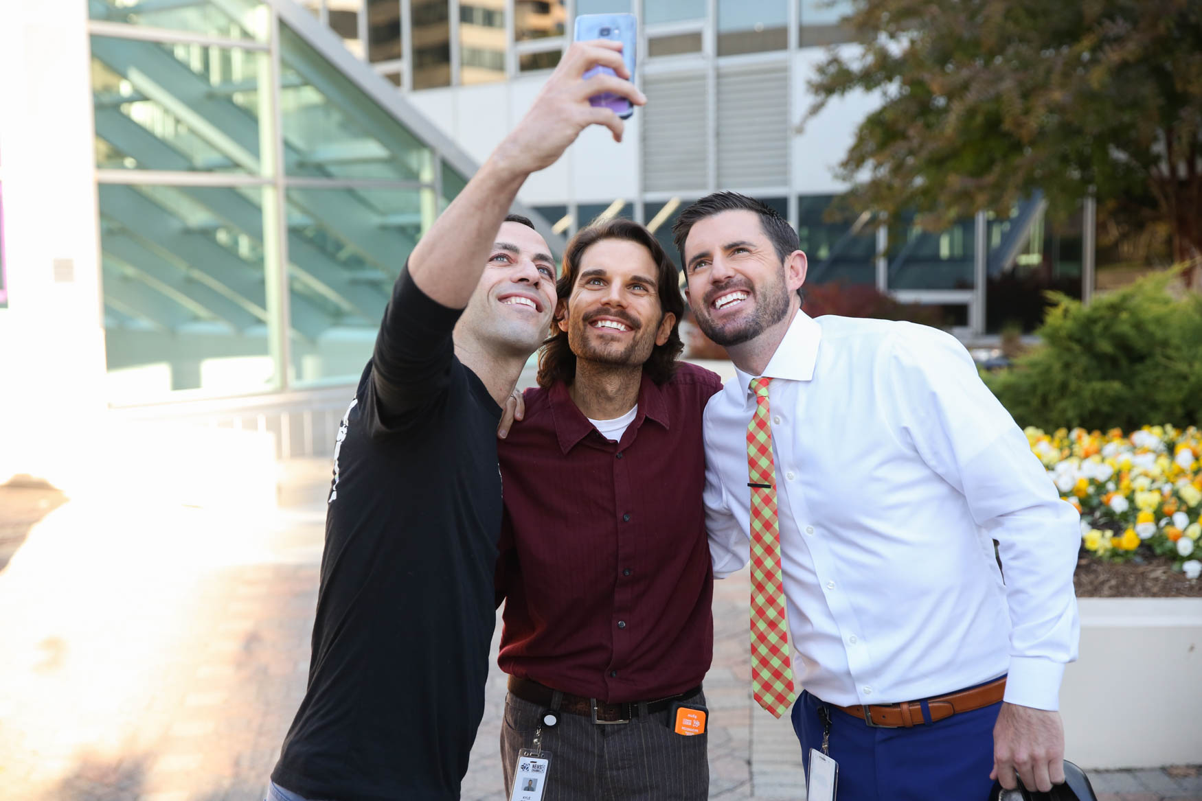 Representatives from the race snap a selfie with producer Kyle Riddley and Jessob.{&amp;nbsp;}(Amanda Andrade-Rhaodes/DC Refined)<p></p>