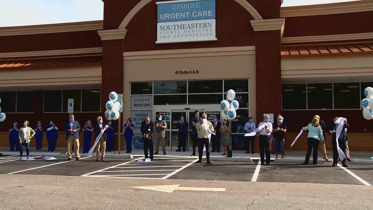 <p>Wednesday, Sept. 16, 2020 –Pardee UNC Health Care hosted a ribbon-cutting ceremony to introduce three clinicsat its newest location in Brevard. (Photo credit: WLOS Staff)</p>