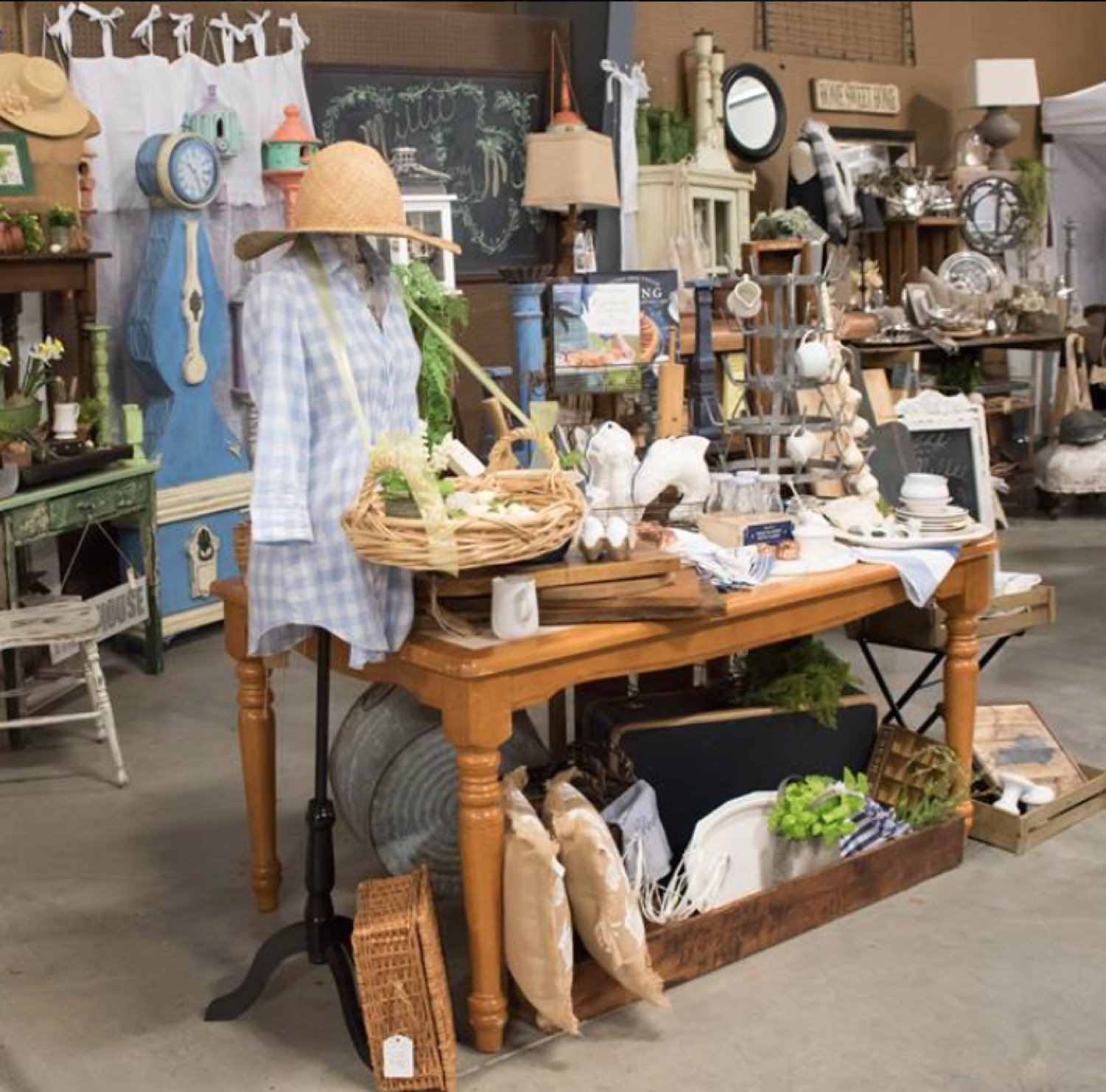 pottery me standing for room table nice arc adjustable lamps light furniture barn size floor curved over of dining upscale large fixtures standard cheap photogiraffe lamp