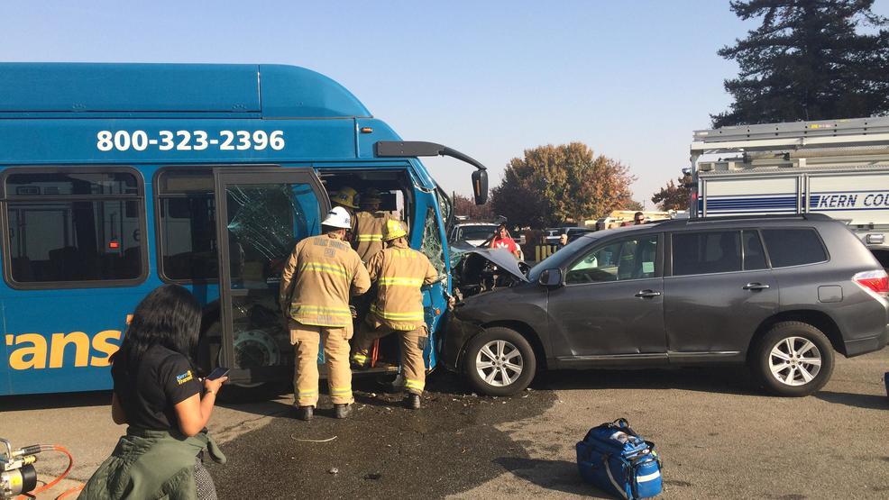 Kern Transit Bus And Car Crash In North Bakersfield Kbak