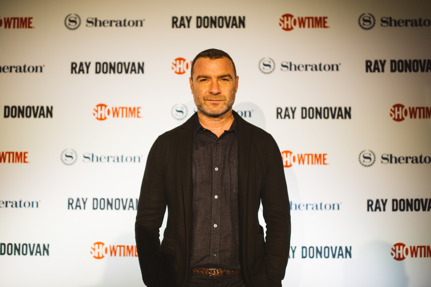 In collaboration with the Sheraton Hotel and SHOWTIME, Liev Schreiber came to Seattle tonight, October 6, 2018,{ } to host a private screening of the Season 6 premiere of the SHOWTIME drama series Ray Donovan. (Image: Ryan McBoyle / Seattle Refined).