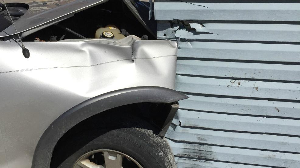 Vehicle runs into Appalachia Town Hall, causes damage to
