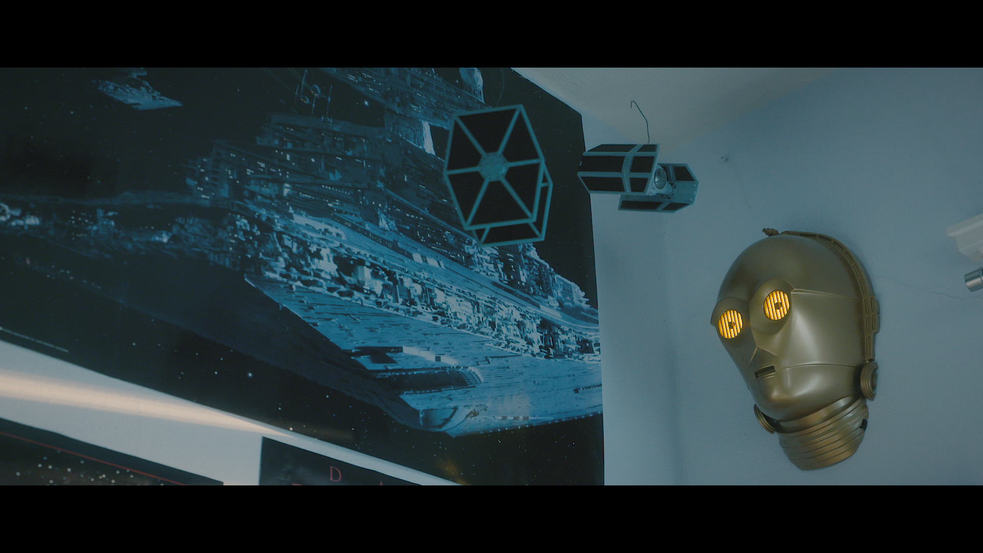 This Seattle teen is a Star Wars YouTube sensation. (Image: Matt Scholz / Seattle Refined)<p></p>