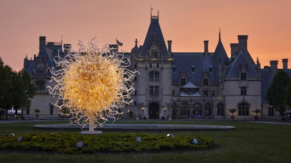 Chihuly art exhibit opens at Biltmore Estate