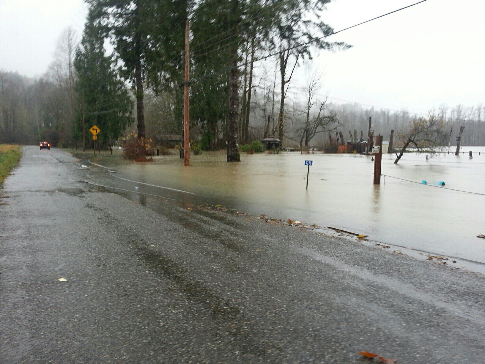 In the small town of Concrete in Skagit County, many residents woke up to flooded roads from the Skagit River, which has reached &quot;major&quot; flood status. (Photo:{&amp;nbsp;}Skagit County DEM)<p></p>