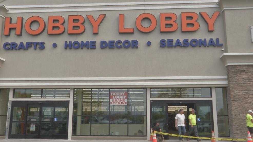 Reddings hobby lobby holds soft opening krcr reddings hobby lobby prepares for grand opening gumiabroncs Images