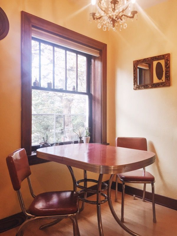 Kitchen tables! The average price of kitchen tables in Seattle is $120. Offer Up predicts that sellers will have a 33 percent higher chance of selling this fall (Image courtesy of OfferUp).