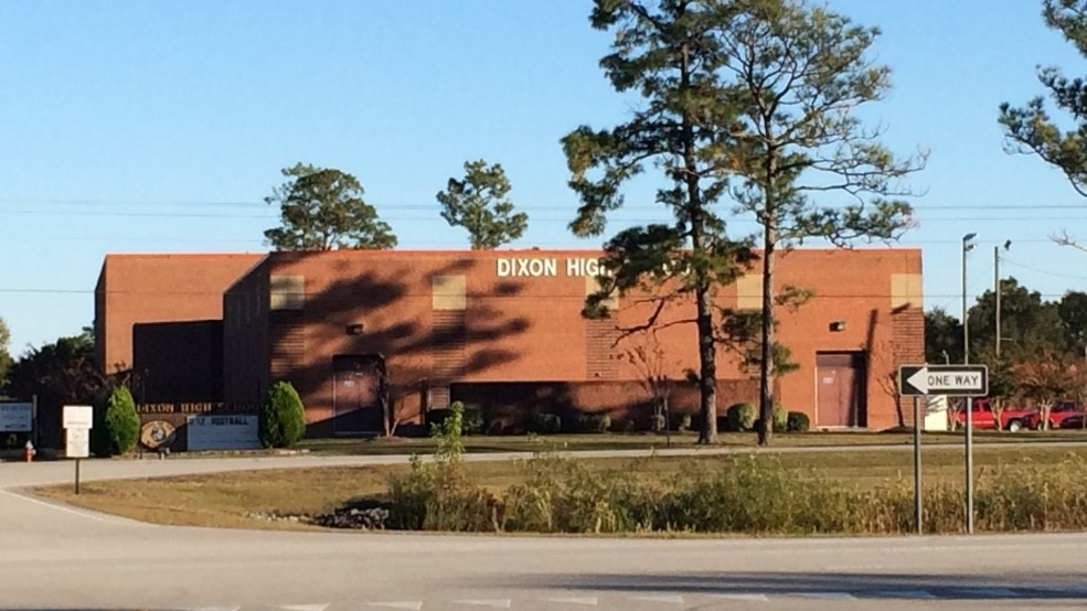 Dixon High School classes resume after reported bomb threat | WCTI