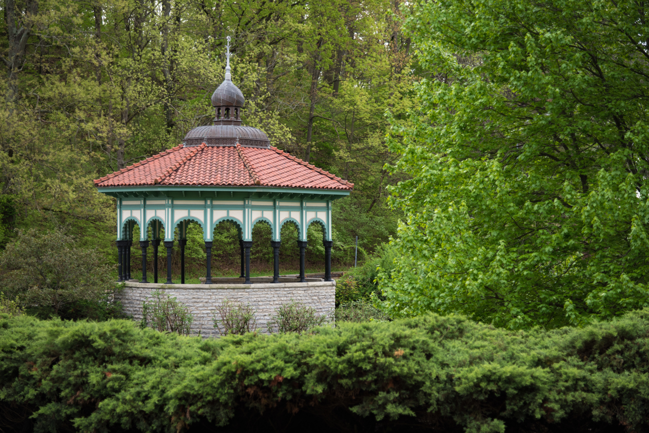 Spring House Gazebo is the oldest of Cincinnati Parks' structures. Built in 1904 by Cornelius M. Foster, the gazebo parallels some Moorish architecture. / Image: Phil Armstrong, Cincinnati Refined / Info sourced from cincinnatiparks.com // Published: 5.13.17