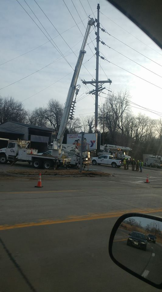 Many Hannibal residents and businesses lost power overnight after a truck crashed into a utility pole on Mark Twain Ave.{&amp;nbsp;} Courtesy: Jordan Gross<p></p>