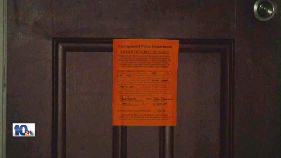 Police place warning stickers on 11 URI party houses | WJAR
