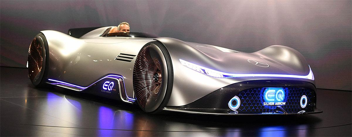 02 October 2018, France, Paris: The electric Mercedes-Benz Vision EQ Silver Arrow will be presented at the Paris International Motor Show on the 1st press day. From 02.10. to 03.10.2018 the press days will take place at the Paris Motor Show. It will then be open to the public from 04.10. to 14. October. Photo: Uli Deck/dpaWhere: Paris, Île-de-France, FranceWhen: 02 Oct 2018Credit: Uli Deck/picture-alliance/Cover Images