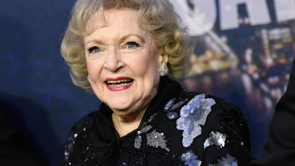 Betty White gives fans an early Christmas gift with announcement of new Lifetime movie