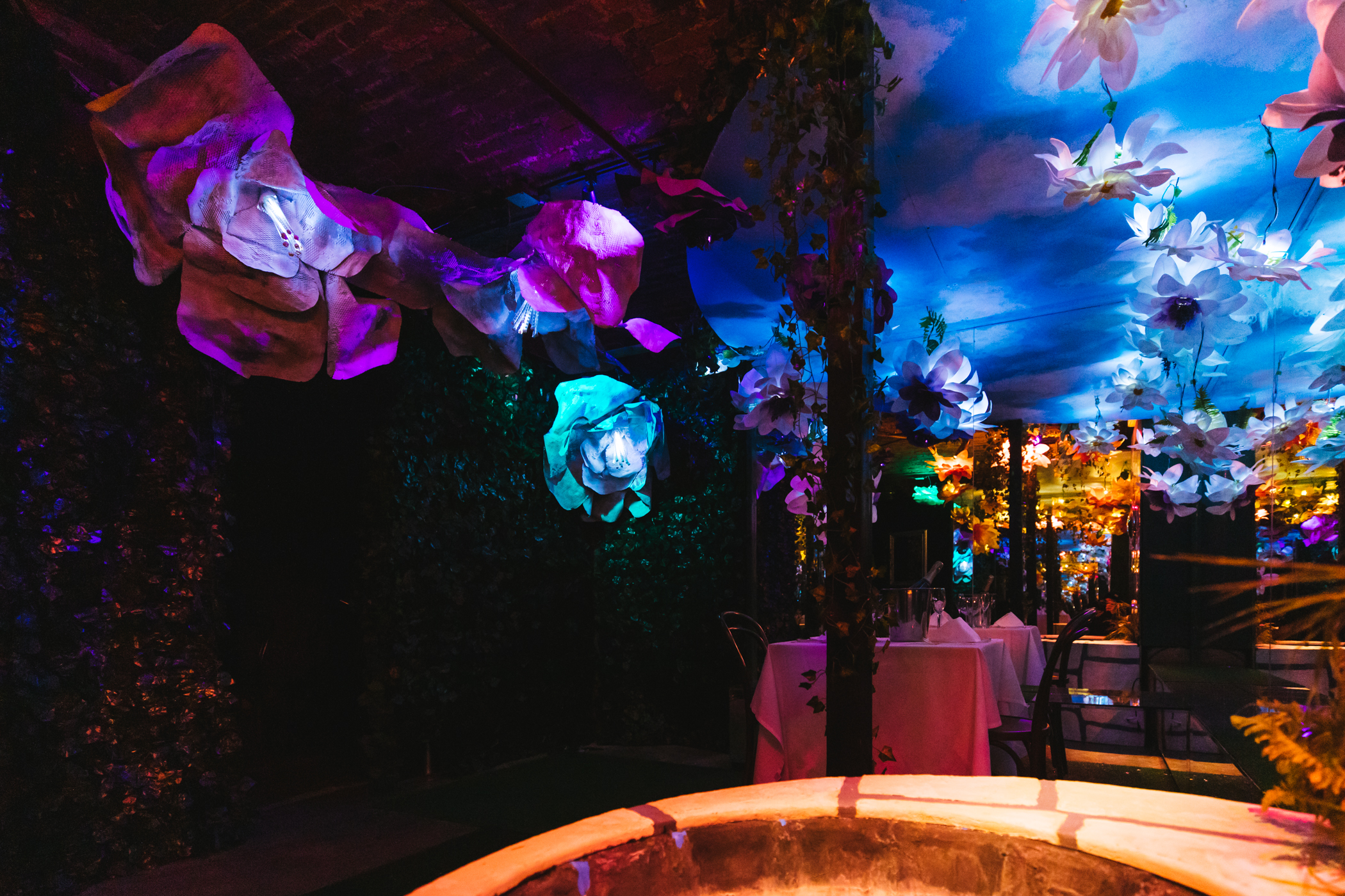 "Valentine's Day is right around the corner, and nothing screams ""love"" more than a romantic dinner for two in{&nbsp;}<a  href=""https://www.cafenordo.com/"" target=""_blank"" title=""https://www.cafenordo.com/"">Cafe Nordo's</a>{&nbsp;}stunning Infinity Garden room - and you actually could spend V-Day doing just that!{&nbsp;}Cafe Nordo is auctioning off this dinner-for-two package through their virtual annual fundraiser,{&nbsp;}<a  href=""https://secure.qgiv.com/event/kiss21/"" target=""_blank"" title=""https://secure.qgiv.com/event/kiss21/"">KISS: Live from our Pillow Fort</a>, being held Saturday, Jan. 30. Interested parties can register through{&nbsp;}the Givi app and place a bid. (Image: Sunita Martini / Seattle Refined)"
