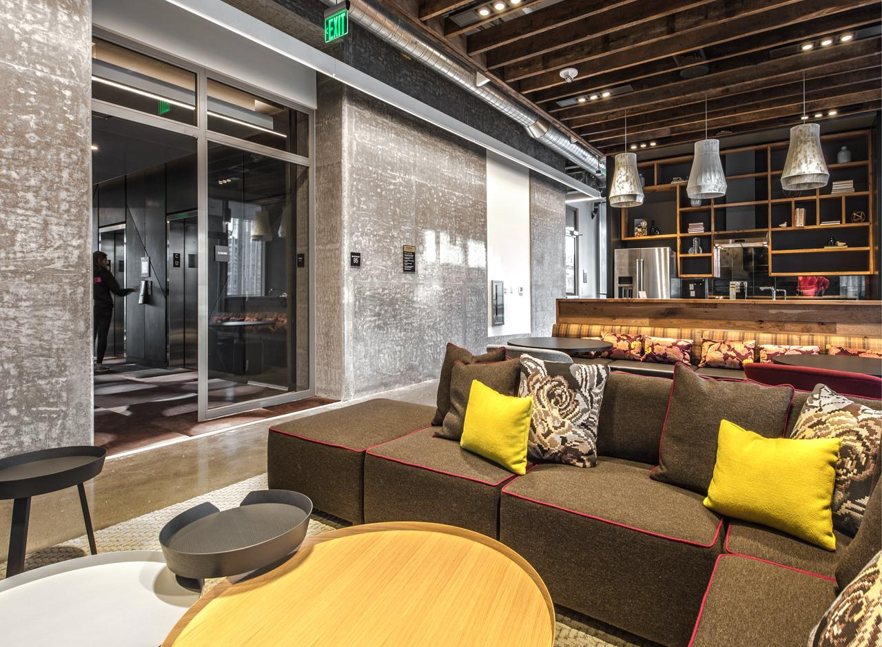 <p>The Resident Lounge is a great place to hang out and get social with neighbors.</p>