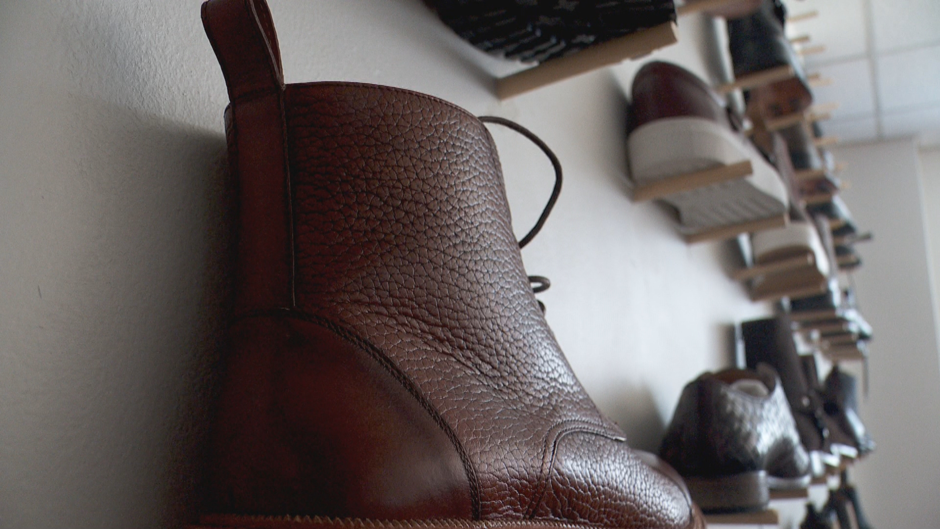 Inside the Story: Selling men's shoes becomes booming business for two BYU grads (Photo: KUTV)