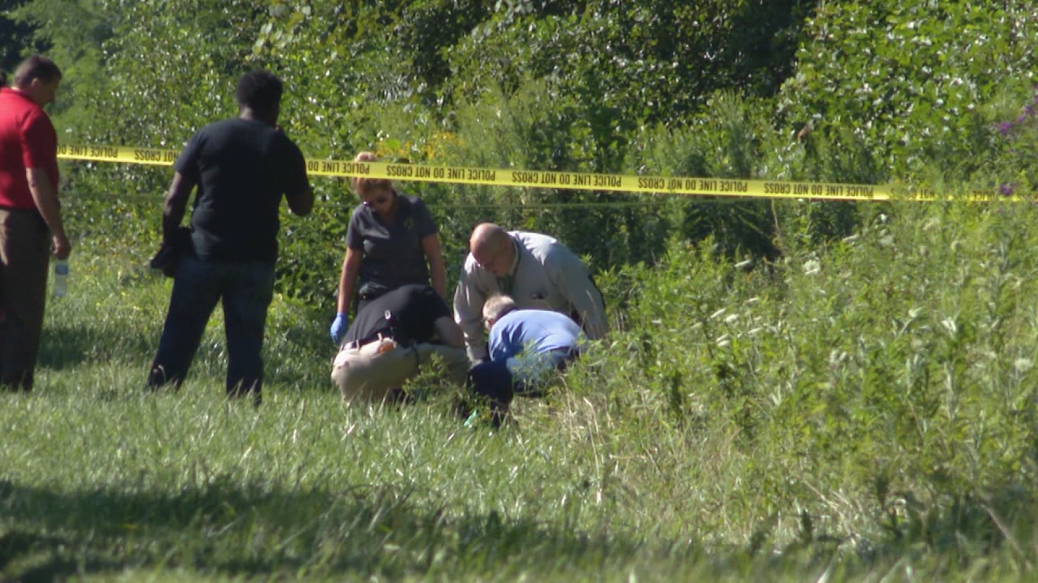 Police investigation after body found in LaPorte County // WSBT 22